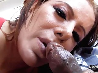 Sparkish Hot Nicky Ferrara Blows First-ever Comer Driver's Dick
