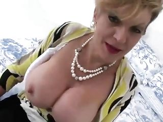 Brit Cougar Asks If You Indeed Want To See Them