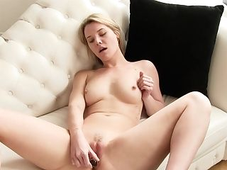 Best Sex Industry Star In Exotic Blonde, Petite Tits Hookup Clip