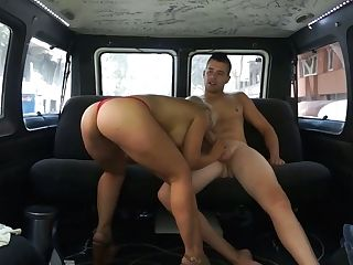 Whorable Blonde Chick In Crimson Knickers Tomy Tapa Gives Bj In The Car