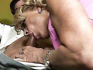Duo Of Promiscuous Gorgeous Mummies Lana Phoenix And Natasha Skinski Share One Big Pipe