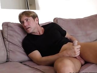 Alexis Fawx Squirts All Over Her Hotwife's Face